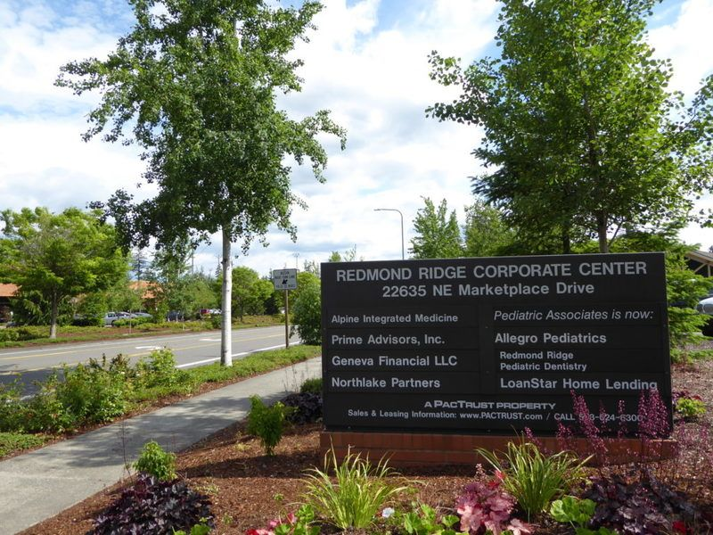 Redmond Ridge corporate center sign for business addresses